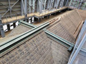 根本中堂の屋根