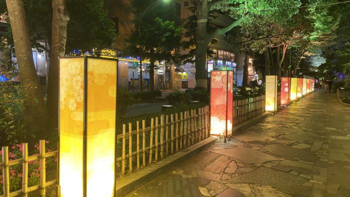 西川緑道公園ライトアップ